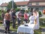 Mše svatá u kapličky v Manerově